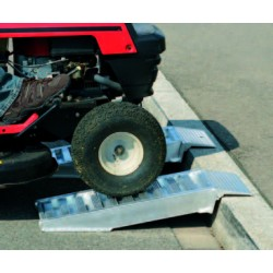 Rampes aluminium, type AVS 80 TROTTOIR - Charge maxi 3 000 kg/paire